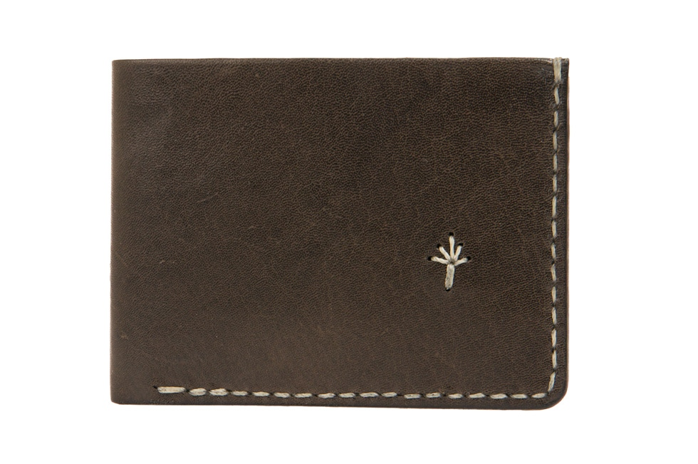 Te. warun mw kangaroo leather mens wallet - brown with natural stitching